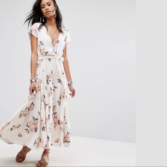 02ee344015e FREE PEOPLE a All I Got Printed Maxi Dress. NWT